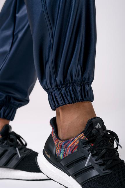 Красивые спортивные штаны SPORTS DROP CROTCH PANTS 529 BLUE