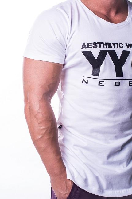 Удлиненная футболка NEBBIA ATHLETIC LOGO 730